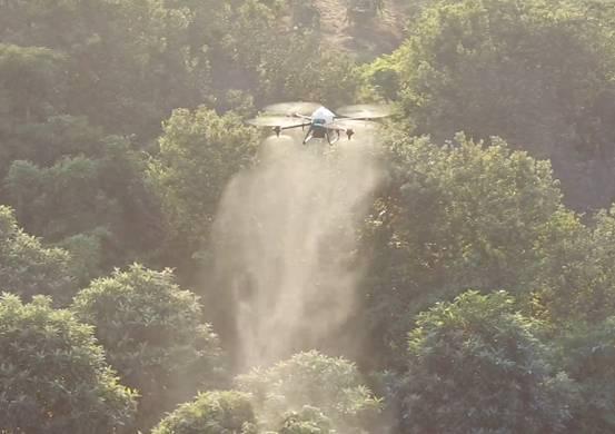 极飞 XP 农业无人机