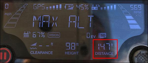 使用遥控器屏幕上的数据将无人机导航回首页