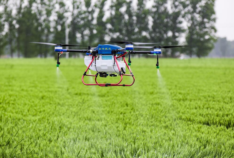 植保无人机是适合我国农业实际情况的植保工具