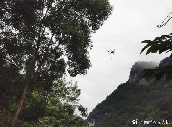 无人机加入防汛通信抢修