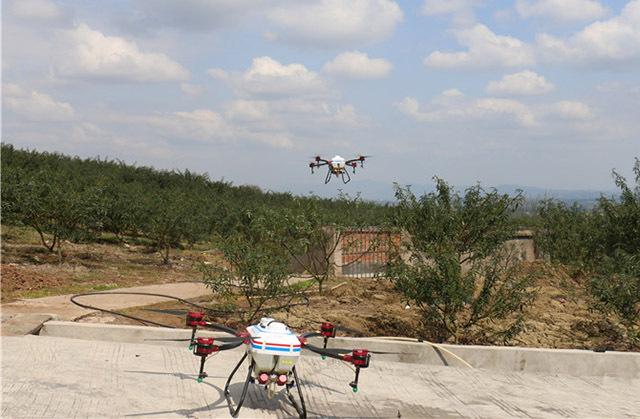 植保无人机助力花椒生产节本增效