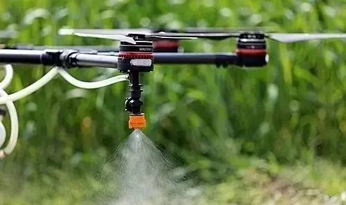 智能农业是指利用物联网、人工智能等现代信息技术,将现代信息技术与传统农业相结合