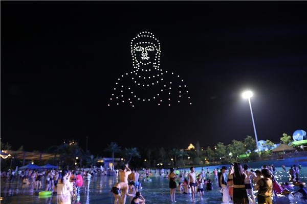 河南首家无人机表演编队亮相 夜空中上演科幻大片!8