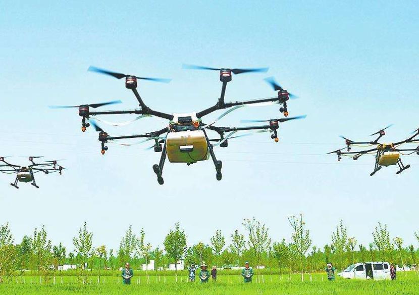 无人机一个架次的作业面积可达15亩