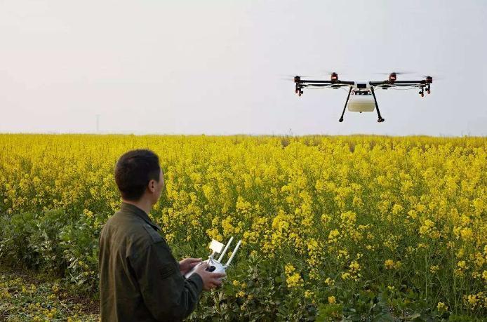 植保无人机+农业大数据