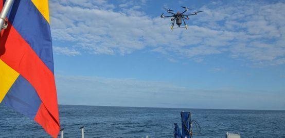 南美洲无人机空投毒饵治鼠患