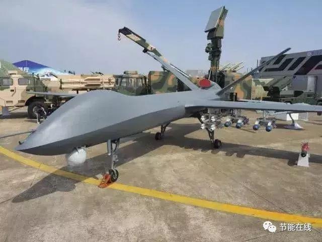 """""""彩虹""""-5无人机,最多可以挂载16发空地导弹出击"""