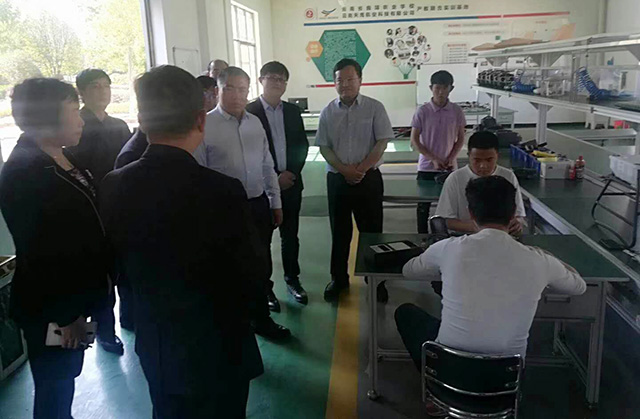 无人机专业教学开展、学生实习就业、专业设备设置、师资队伍建设