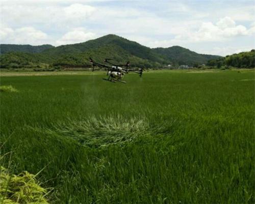 农业植保无人机操作手20万人口的市场稀缺