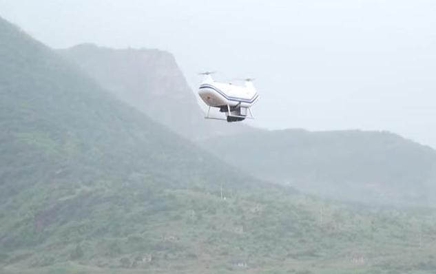 """国产""""支奴干""""ZC300纵列双旋翼纵列无人直升机"""