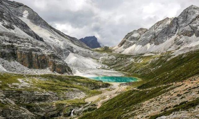 海子山航拍 |是青藏高原上最大的古冰体遗迹