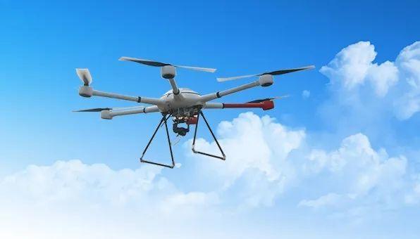 用于植保作业的无人机飞行相对地面真高不得超出30米,且应当在农林牧区域上方。