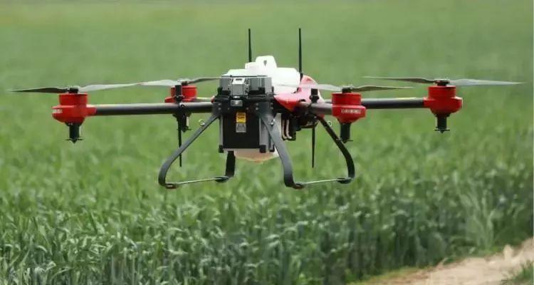 国内知名的植保无人机品牌极飞科技,开始向代理商动刀