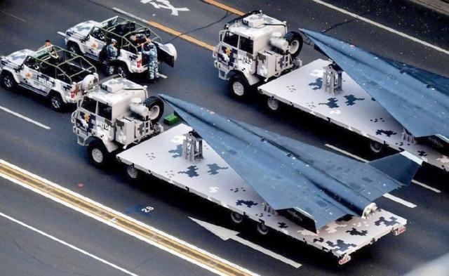 """中国首款""""太空无人机"""":代号无侦8"""