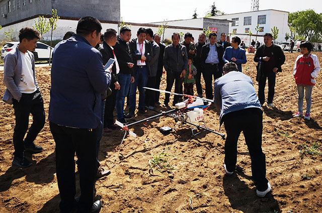 无人机红薯喷灌喷药施肥