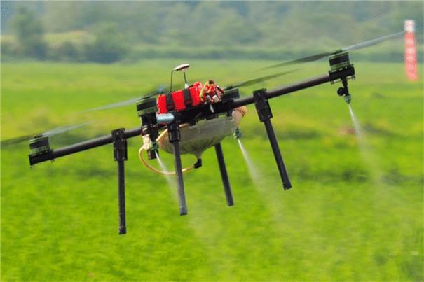 有了无人机的帮忙,可以减少农民90%的工作量