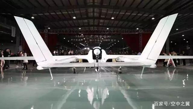 国产BZK-005C型察打一体双尾无人机