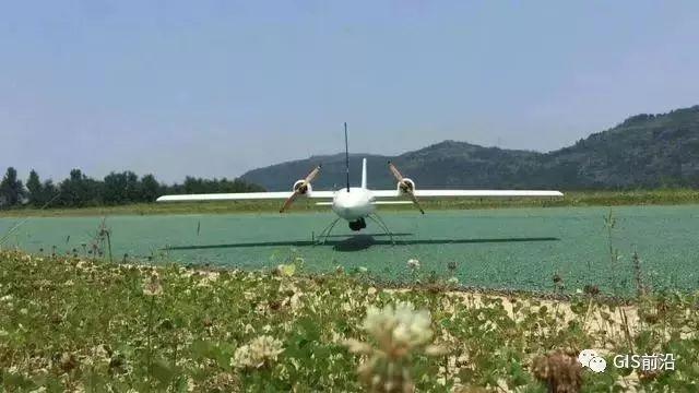 飞行高度主要影响的是飞行航片中的GSD(每个像素的实际大小)