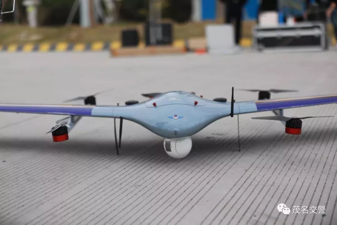 茂名交警启用ZT-3V混合翼无人机春运护航