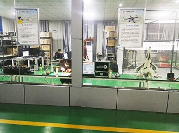 无人机实训室-合肥通用技术学校