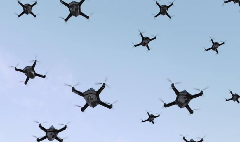 """在反无人机""""蜂群""""作战中期阶段,可通过综合运用反无人机防空武器系统"""