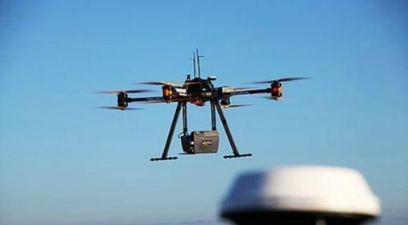 .无人机机载SAR向小型化发展。