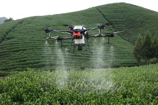 职业技术学院也相应开设了无人机应用专业