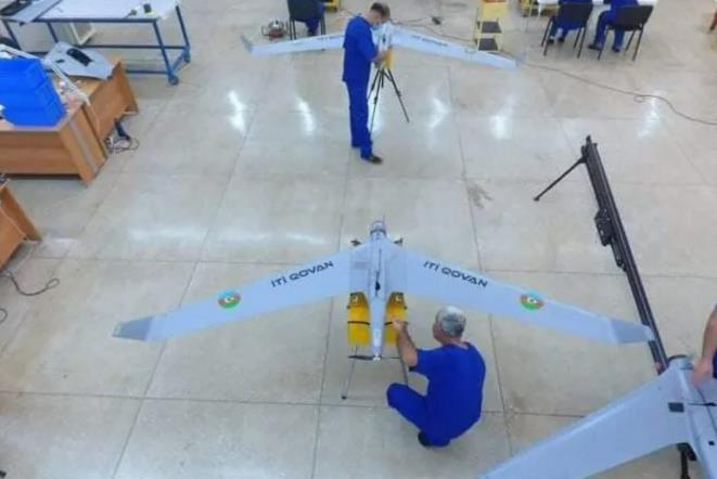 """这款无人机被阿利耶夫命名为""""驱狗者"""""""