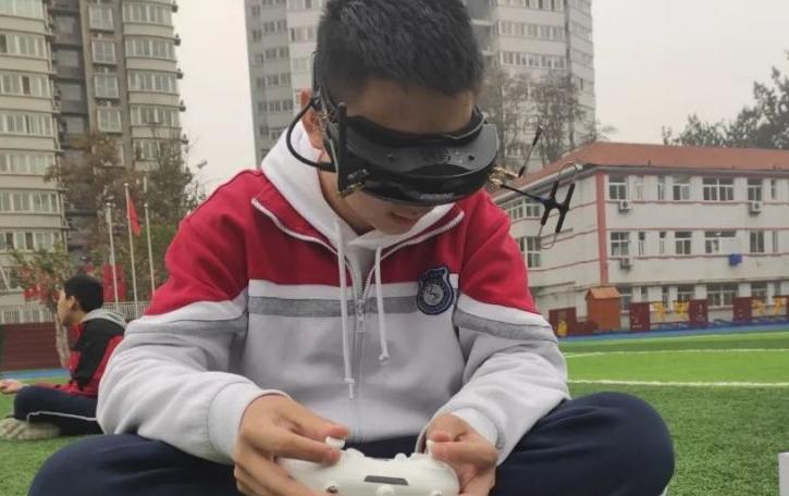 青少年无人机大赛比赛项目-无人机团体赛