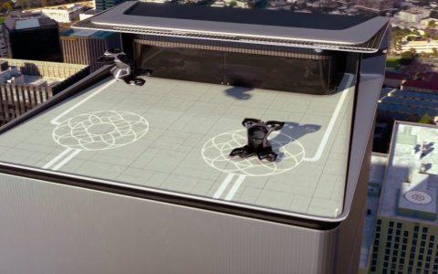 凯迪拉克也展出载人无人机
